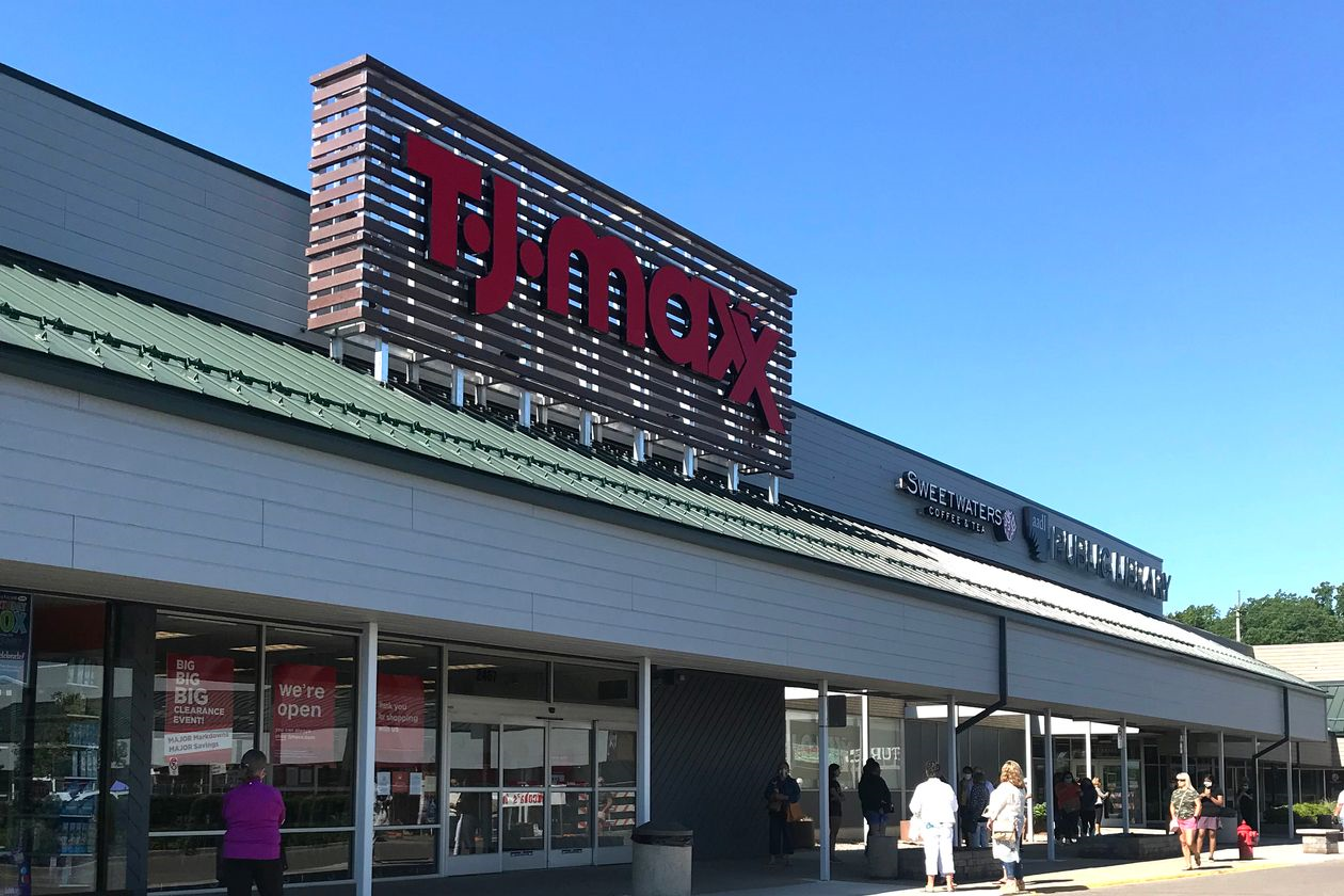 hoppers waited for a T.J. Maxx in Ann Arbor, Mich., to reopen on June 15 after months of closure. Photo: Sarah Nassauer/The Wall Street Journal